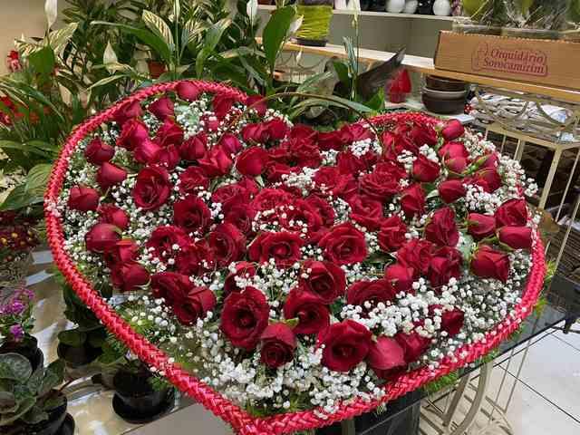 Arranjo floral coração